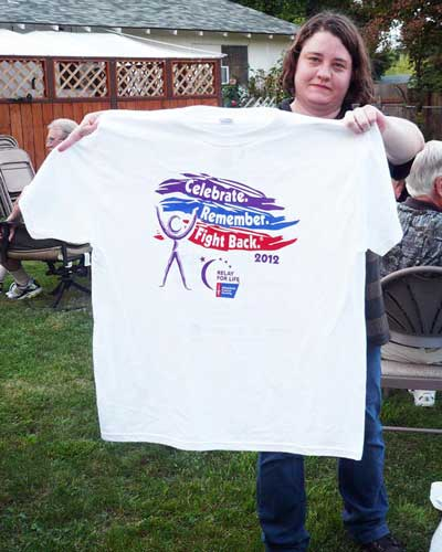 picture of Jennifer Patterson with relay for life tee shirt